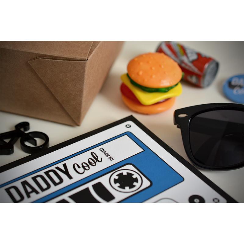 pochette surprise papa un cadeau original pour papa. Black Bedroom Furniture Sets. Home Design Ideas