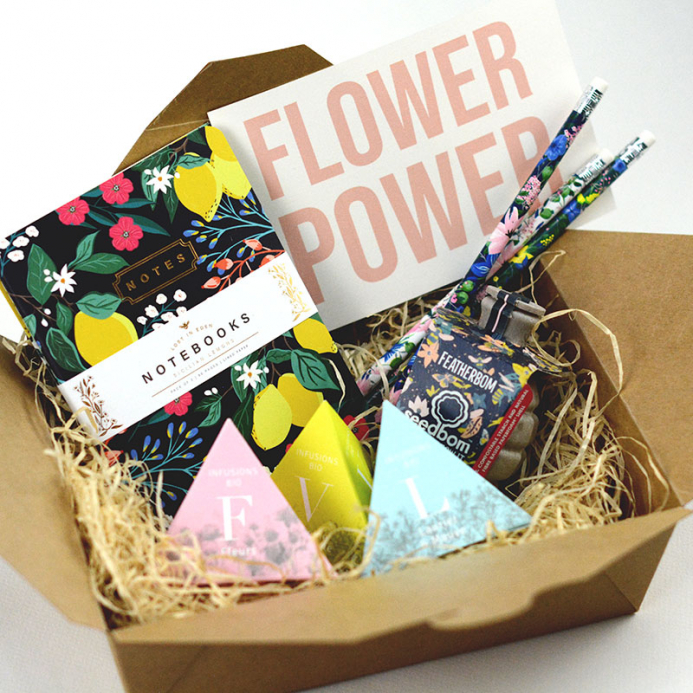 Box Surprise - Flower Power - The PopCase